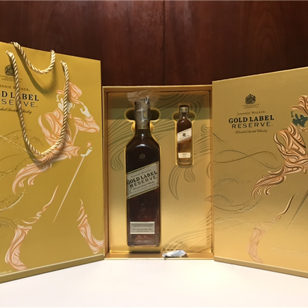 JOHNNIE WALKER GOLD LABEL RESERVE HỘP QUÀ 2019